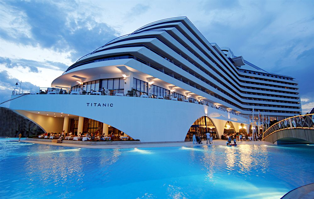 Antalya titanic beach lara hotel magiclub voyages - Hotel 5 etoiles rome avec piscine ...