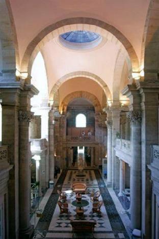 Centre forme et dtente calodae rsidence du bain romain 2 for Salle de bain romaine