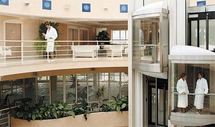 vichy thermal spa les c lestins hotel les c lestins 4 vichy auvergne magiclub voyages. Black Bedroom Furniture Sets. Home Design Ideas
