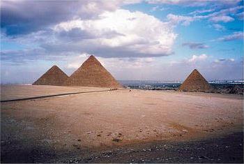 Hathor dans TRANSITION vers le FUTUR circuit_egypte_croisiere_hathor_le_caire_pyramide
