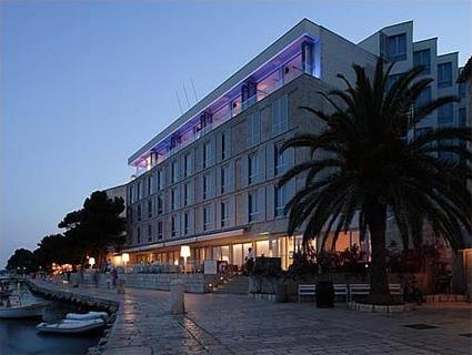 adriana hotel spa 4 ile de hvar croatie magiclub voyages. Black Bedroom Furniture Sets. Home Design Ideas