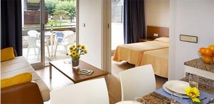 Aparthotel comtat sant jordi 2 playa de aro costa for Apart hotel espagne
