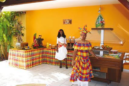 Hotel maison cr ole 2 sup gosier guadeloupe - Cours de cuisine en guadeloupe ...