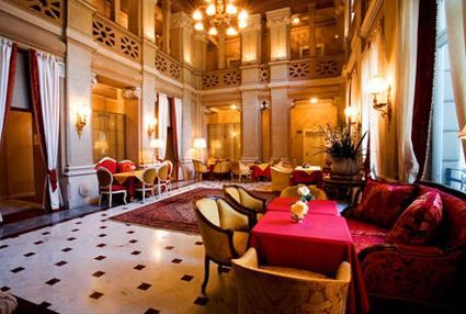 hotel terminus 4 cme lac de cme magiclub voyages. Black Bedroom Furniture Sets. Home Design Ideas