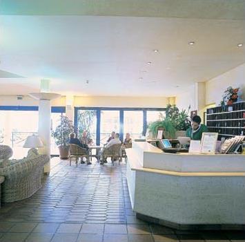 Hotel dom pedro garajau 3 funchal mad re for Cuisine qui donne sur le jardin