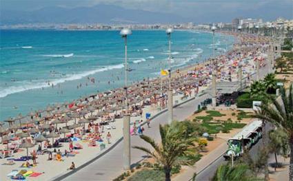 La plage de Palma à Majorque (îles baléares)