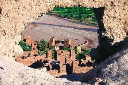 http://www.magiclub.com/magiclub/visuals/maroc_marrakech_circuit_casbahs_et_oasis_ksar_ait_benhadou.jpg
