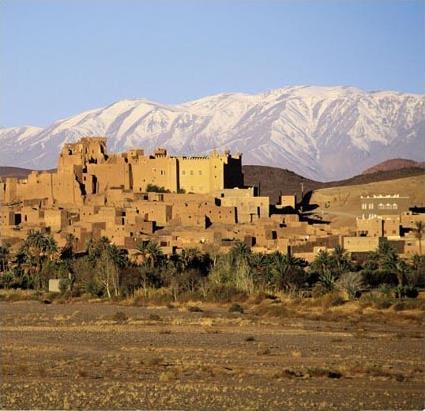 http://www.magiclub.com/magiclub/visuals/maroc_marrakech_sejour_combine_marrakech_ouarzazate_paysage.jpg