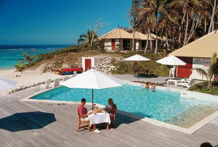 hotel nengone village 3 iles loyaut s nouvelle cal donie magiclub voyages. Black Bedroom Furniture Sets. Home Design Ideas