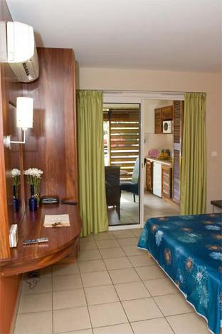 Tropic appart 39 hotel 3 saint gilles la r union for Appart hotel 75015