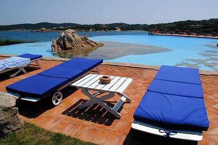 Hotel pitrizza 5 luxe porto cervo sardaigne for Club piscine soleil chicoutimi