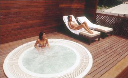 Spa espagne hotel catalonia mikado 3 barcelone for Autobronzant et piscine