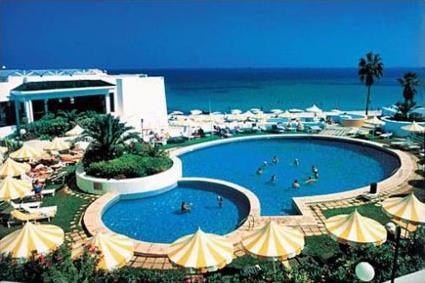 Spa tunisie hotel abou nawas boujaafar 4 sousse for Piscine demontable tunisie