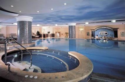 Hotel ritz carlton 5 istanbul turquie magiclub voyages - Piscine istanbul ...