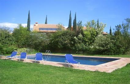 Espagne location de vacances 5 capmany costa for Location villa espagne avec piscine privee costa brava