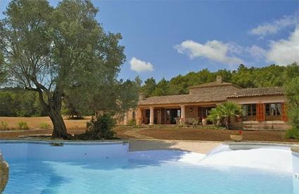 Espagne location de vacances 4 art majorque magiclub voyages - Villa avec piscine privee espagne ...