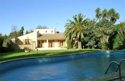 France location de vacances 4 graveson bouches for Location vacances bouches du rhone piscine