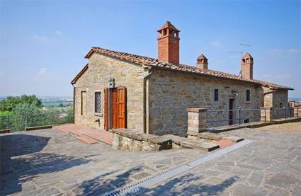 Italie location de vacances 5 cortona toscane for Acheter une maison en toscane italie