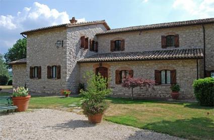 Italie location de vacances 4 guardea toscane for Aspirateur piscine oasis
