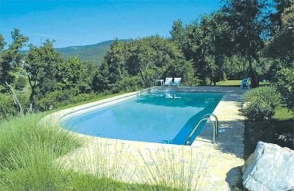 Italie location de vacances 4 montegabbione for Location toscane piscine