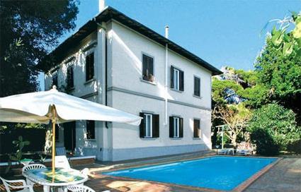 Italie location de vacances 4 quercianella for Location maison piscine italie